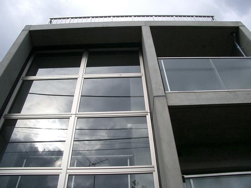 東京都中野区 デザイナーズマンション 外壁光触媒施工