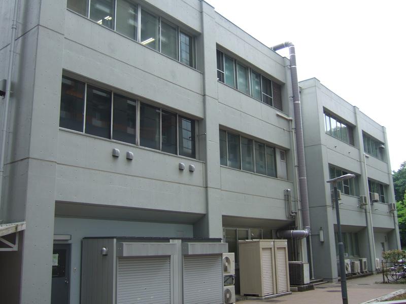 東京工業大学 資源化学研究所 外壁光触媒施工