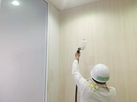横浜市 日立横浜研究所内3階喫煙所 光触媒施工